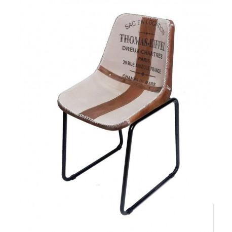 Chair Trois